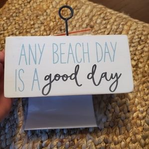 New..Any beach day is a good day...picture holder